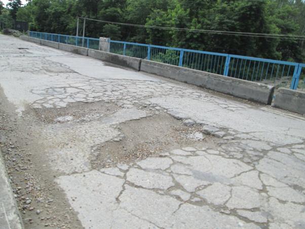पूर्व-पश्चिम राजमार्गका अधिकांश पुल जोखिममा