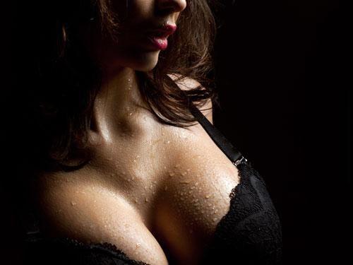 स्तन मिच्दै सेक्स गर्नु लाभदायक