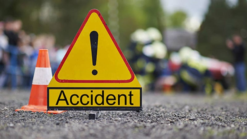 चितवनमा भएका छुट्टा छुट्टै दुर्घटनामा १ काे मृत्यु , २० घाइते