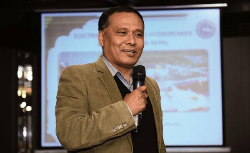 विद्युत व्यापार सम्झौता कार्यान्वयनका लागि कुलमान घिसिङसहितको टोली भारत प्रस्थान