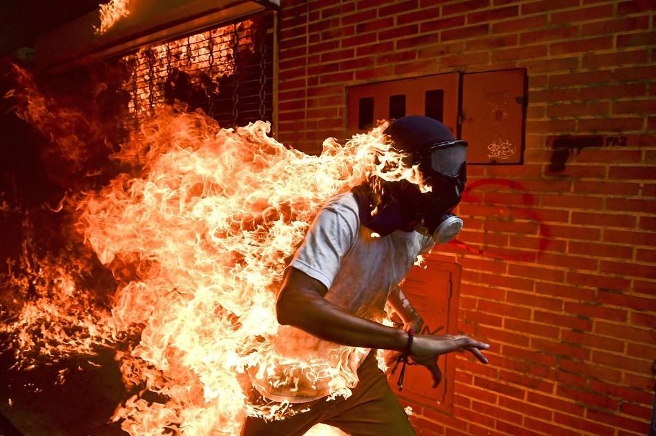 वर्ल्ड प्रेस फोटो अवार्ड जित्न सफल विश्वका उत्कृष्ट फोटोहरु