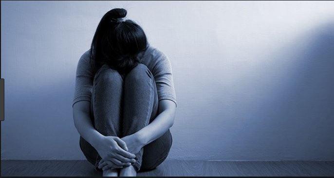 कसरी हुन्छ डिप्रेसन ?, यसका लक्षण र राेकथामका उपाय