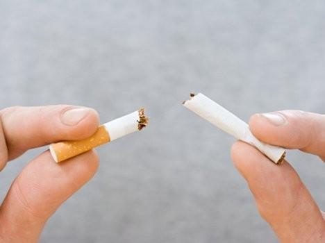धूमपान छाड्न चाहनुहुन्छ ? प्रयोग गर्नुहोस् मह र जौको चिउरा