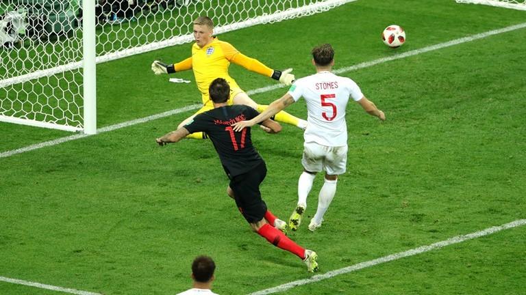 इतिहास रच्दै क्राेएसिया फाइनलमा प्रवेश, इंग्ल्यान्ड २–१ ले पराजित