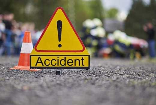 चुरियामाइ नजिक बस दुर्घटना, १ को मृत्यु, ३१ जना घाइते