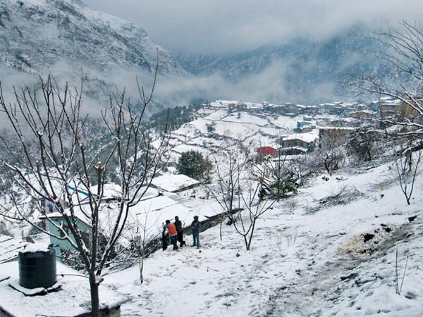 जुम्लामा फेरि हिमपात, तापक्रम माइनस १.५ डिग्री