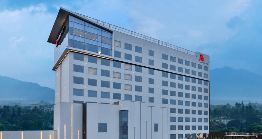 होटल मेरियटले गर्यो आफ्नो  ४ सय ७९ कर्मचारीको कोरोना बीमा
