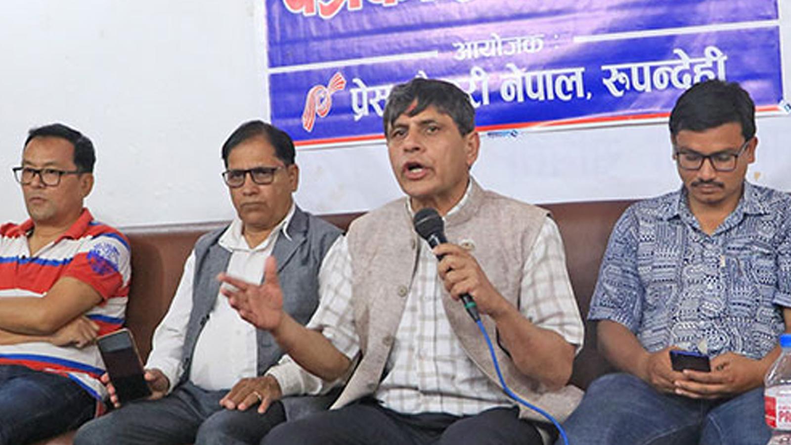 पाण्डवले कौरवसंग खुट्टा टेक्ने ठाउँ मागे जस्तै ओलीसँग चुनावको टिकट माग्छौंः नेता भुसाल