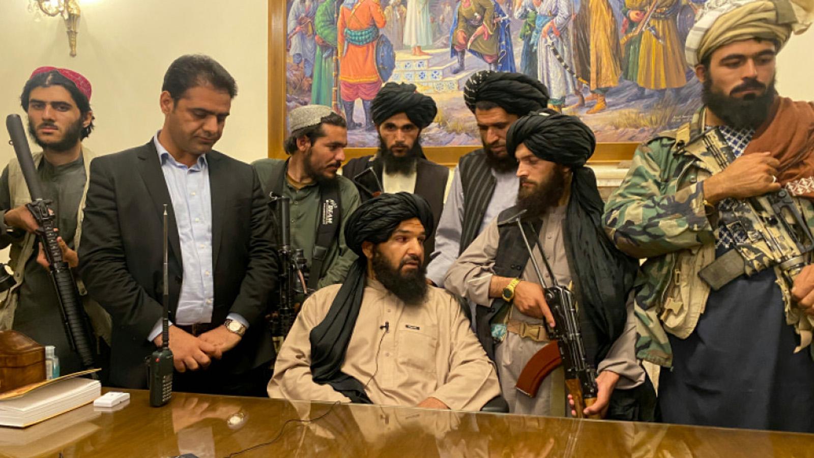 अफगानिस्तान चलाउन तालिबानलाई समय दिनुपर्छः पाक मन्त्री