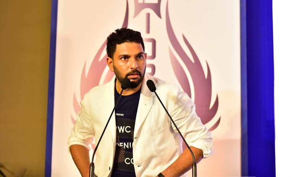 भावुक हुँदै चर्चित क्रिकेटर युवराज सिंहले लिए सन्यास
