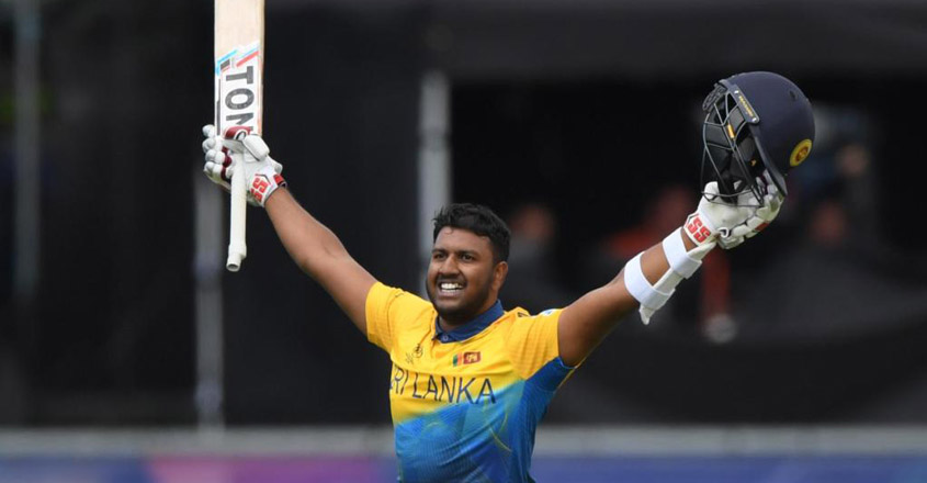 श्रीलंकाद्वारा वेष्टइण्डिजसामु ३३९ रनको लक्ष्य प्रस्तुत, फरनाण्डोको शतक