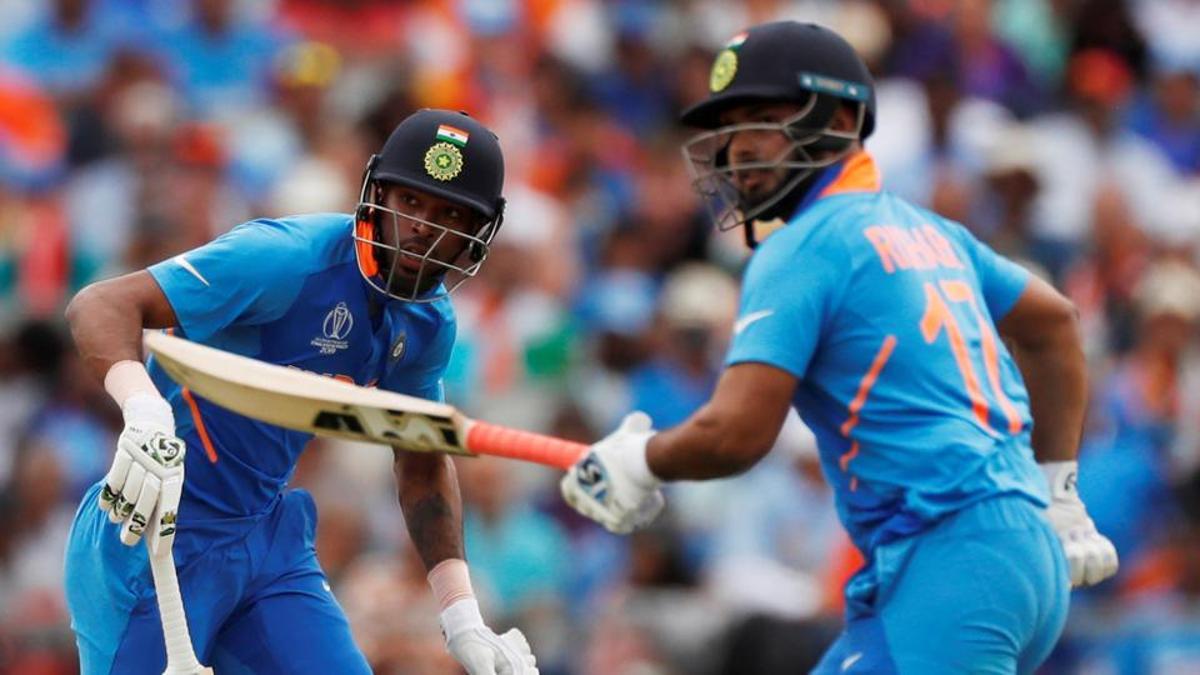 भारतको फाइनलमा पुग्ने सम्भावना क्षीण बन्दै, ७१ रनमै ५ विकेट पतन