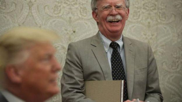 डोनल्ड ट्रम्पद्वारा अमेरिकी राष्ट्रिय सुरक्षा सल्लाहकार 'पदमुक्त'