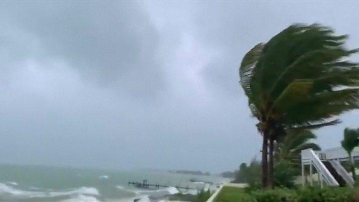 समुद्री आँधी 'डोरिअन' ले बहामस तहसनहस, फ्लोरिडामा उच्च सतर्कता