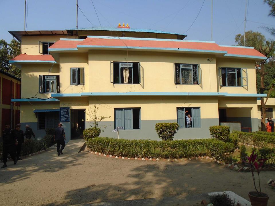 नेपाल आज समाचार प्रभाव : पत्रकार शालिकराम पुडासैनी आत्महत्या प्रकरणमा मुछिएकी युवती कार्की पक्राउ