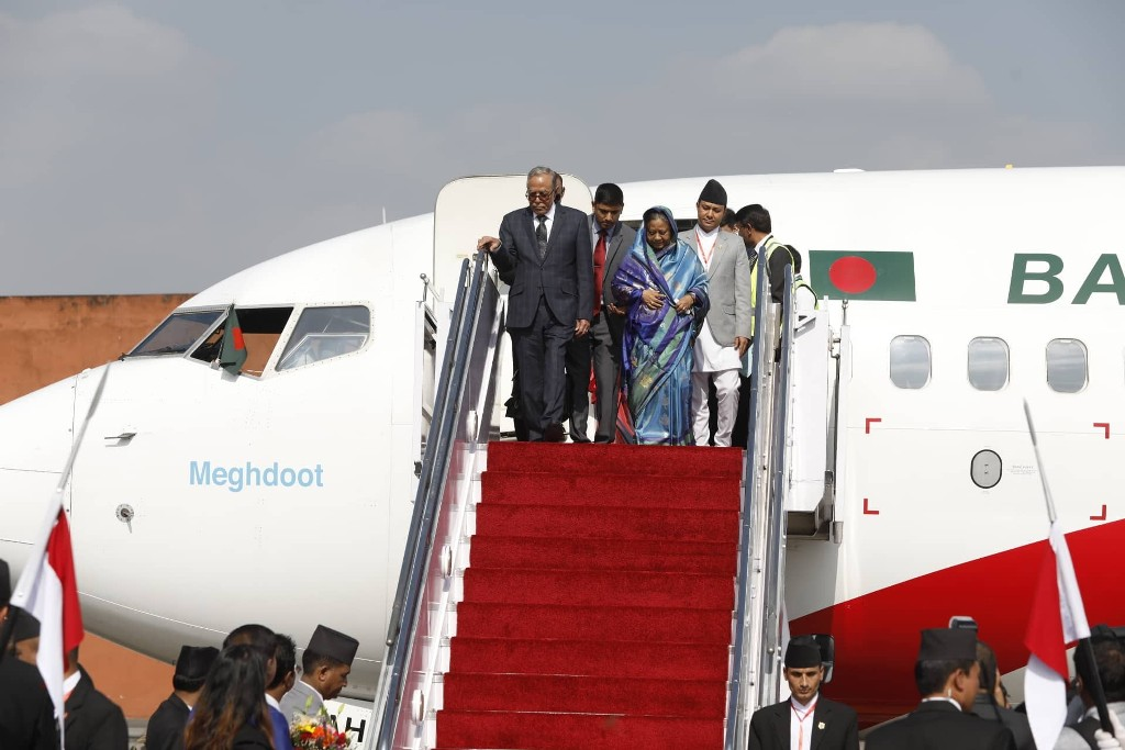बंगलादेशका राष्ट्रपति हमिद काठमाडौंमा, राष्ट्रपति भण्डारीद्वारा स्वागत