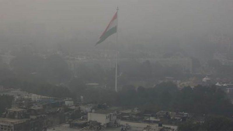 वायुले दिल्ली दिउँसै अँध्यारो
