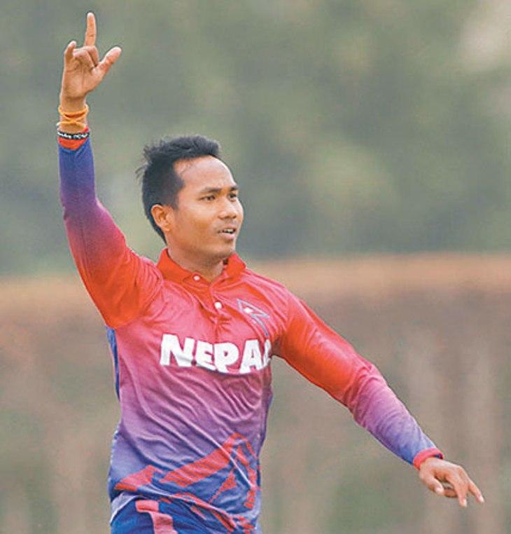 एमसीसीको सातौं विकेट पतन, ललित एक्लैले लिए ४ विकेट (स्कोरबोर्डसहित)