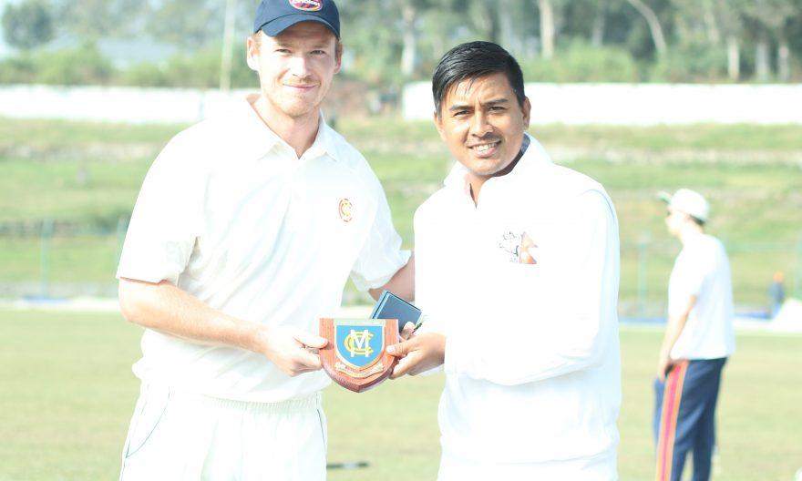 ३६४ रनमा अलआउट भयो एमसीसी, करन र सन्दीपले लिए ३–३ विकेट