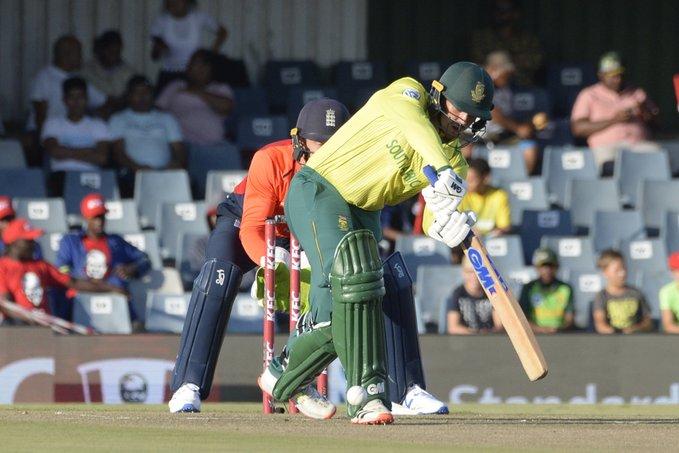 टी–२० सिरिजः दक्षिण अफ्रिकाले इंग्ल्याण्डलाई १ रनले हरायो