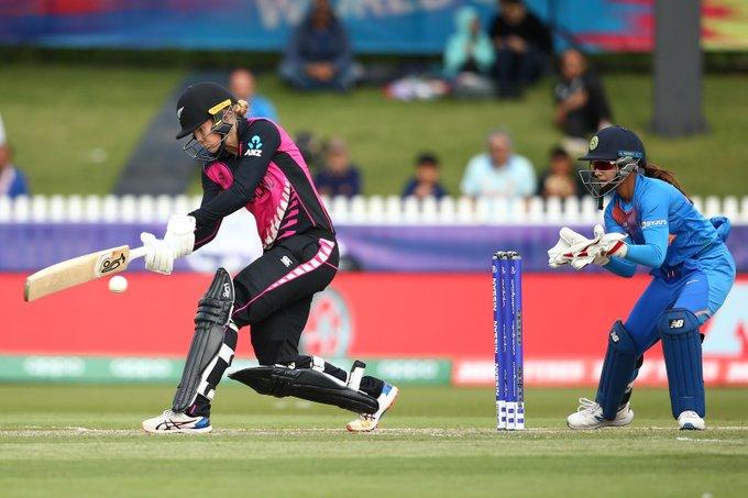 टी–२० विश्वकपः भारतले न्यूजिल्याण्डलाई ४ रनले हरायो