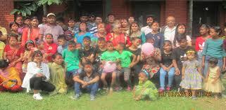 सरुमारानीले अनाथ बालबालिकालाई भत्ता दिने