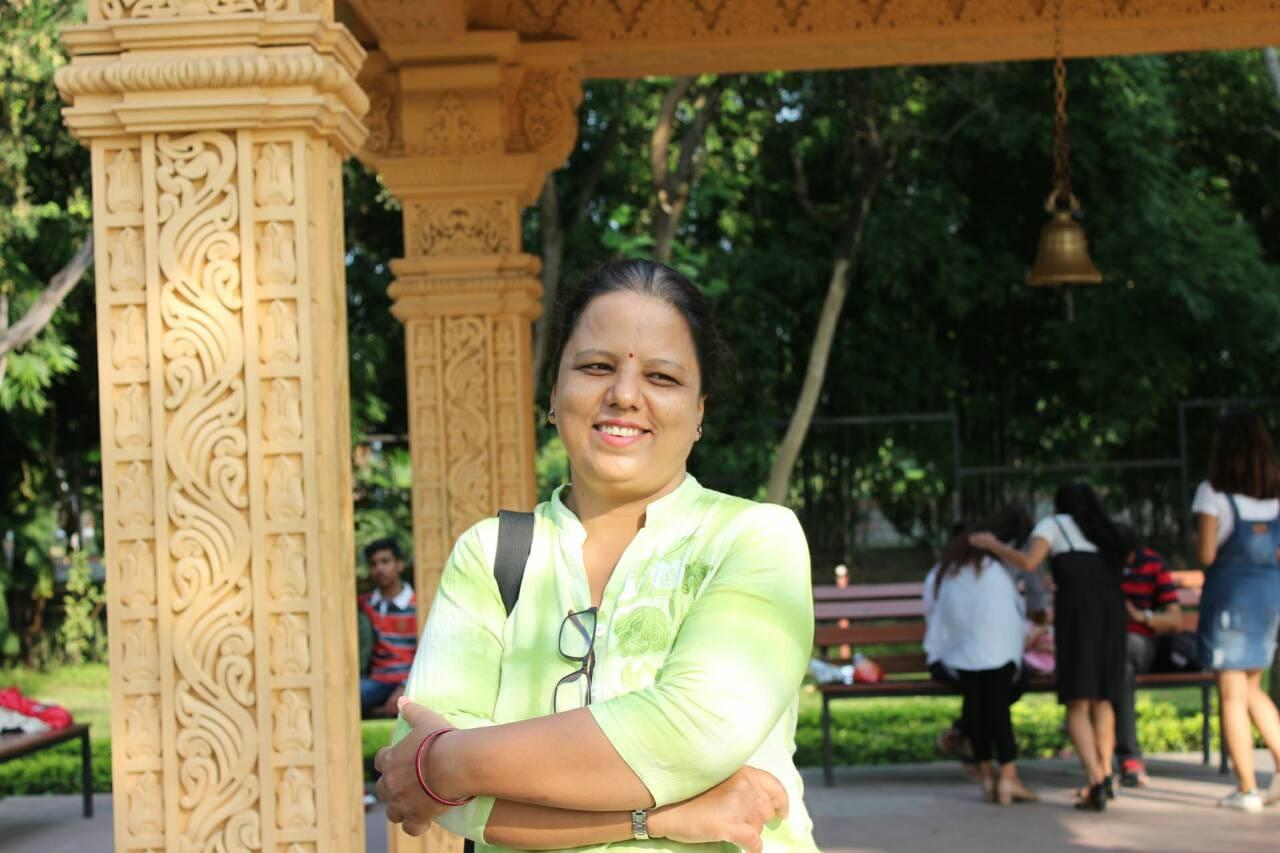 लेखक सरिता तिवारीको प्रधानमंत्रीलाई सुझाव- पार्टीको नाम रामभक्त दल राख्नु !