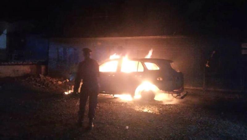 मंगलसेन नगरपालिकाको गाडीमा आगजनी
