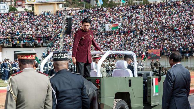 स्वतन्त्रता दिवस मनाइरँदा भिडले किचेर १५ को मृत्यु, दर्जनौँ घाइते