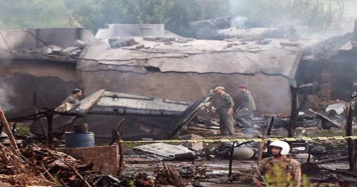 पाकिस्तानी सेनाको विमान आवास क्षेत्रमा दुर्घटनाग्रस्त, पाइलटसहित १९ मारिए