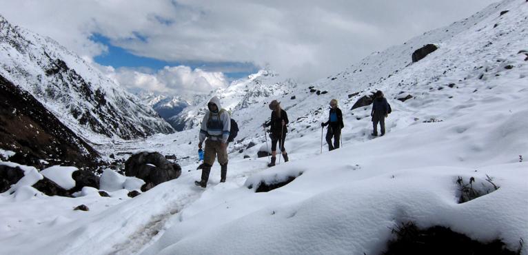 कञ्चनजंगा आरोहणका क्रममा २ भारतीय पर्वतारोहीको मृत्यु