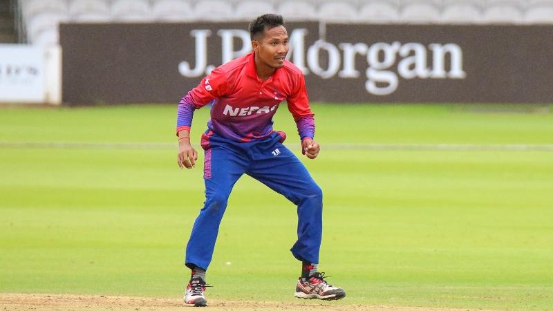 एमसीसीविरुद्ध ललितको उत्कृष्ट बलिङ, एक्लैले लिए ३ विकेट