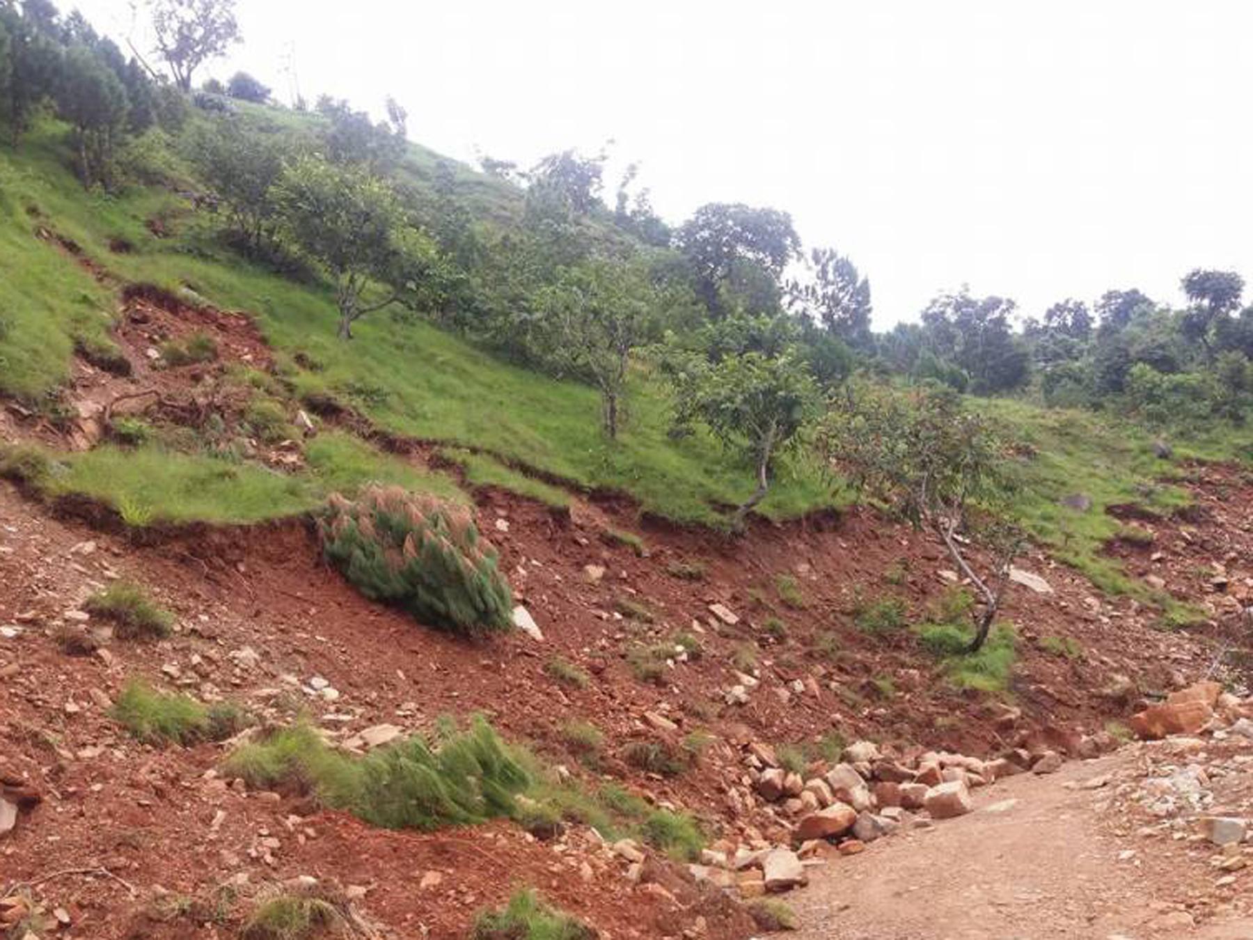 साँफे–मार्तडी राजमार्ग अवरुद्ध