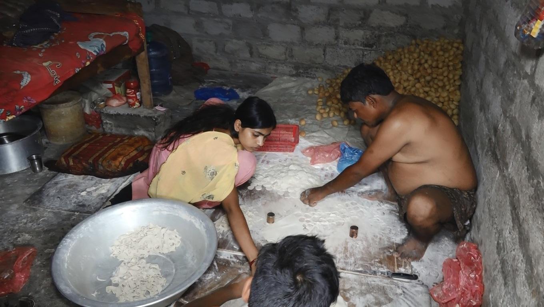 पानी पुरी बनाउने ठाउँमा अनुगमन, सरसफाई नगर्नेलाई जरिवाना