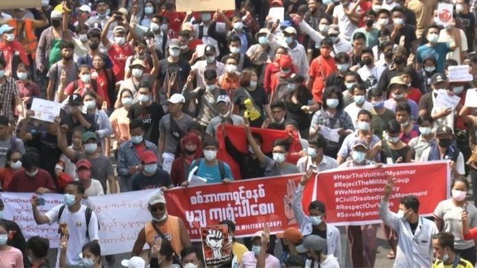 हङकङ माथी चीनको दोहोरो नीति