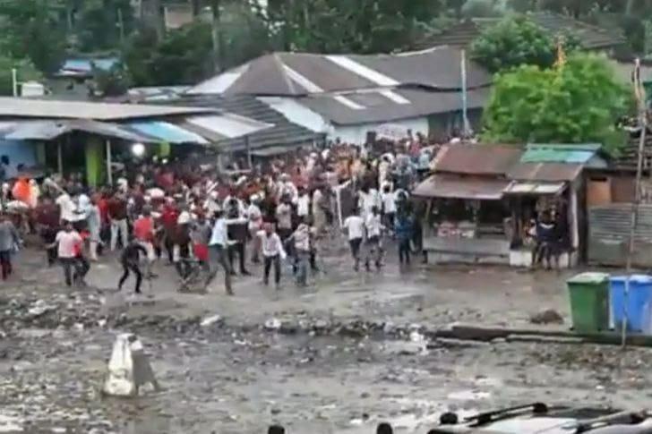 यसकारण भयो स्थानीय मुस्लिम र भारतीय प्रहरीबीच झड्प