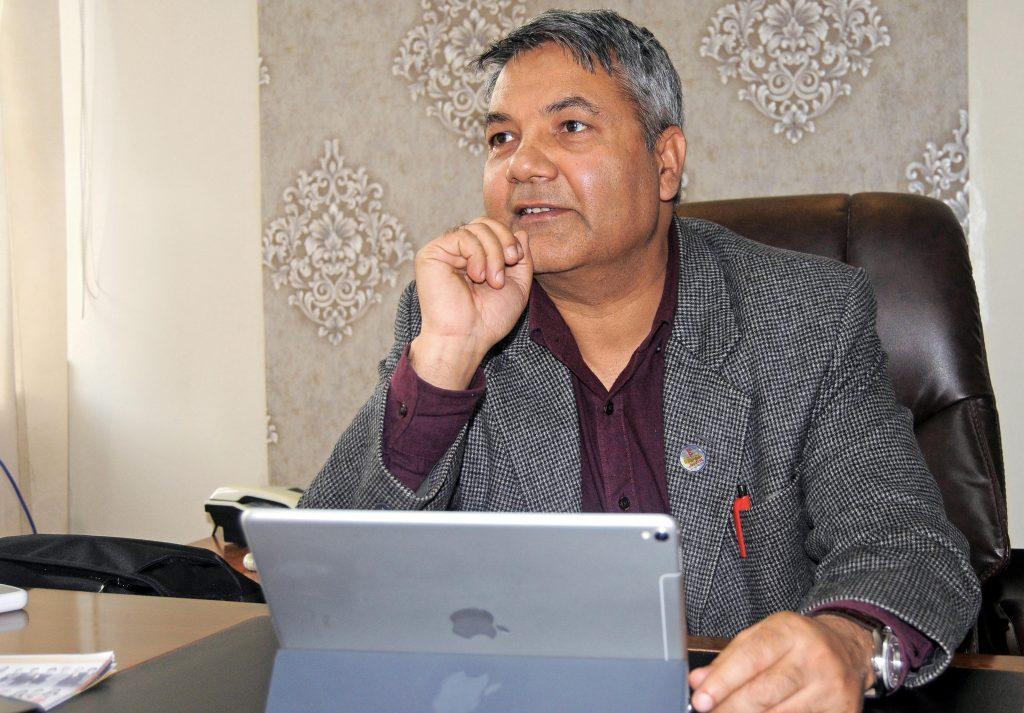 संसदीय समितिप्रति मन्त्रीको असन्तुष्टि