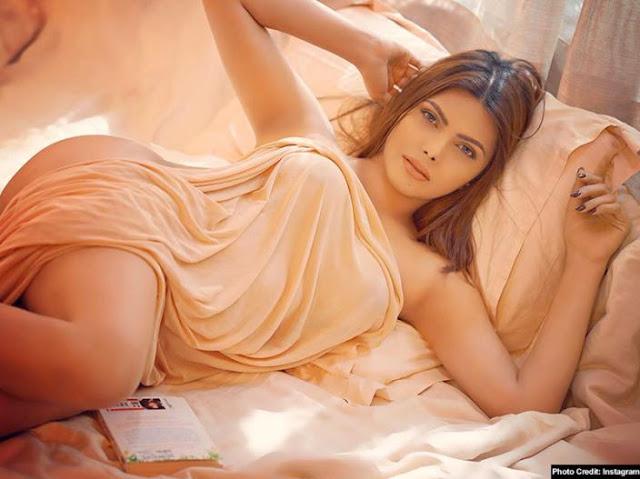 'सेक्स सिम्बोल' शर्लिन (फोटोफिचर)