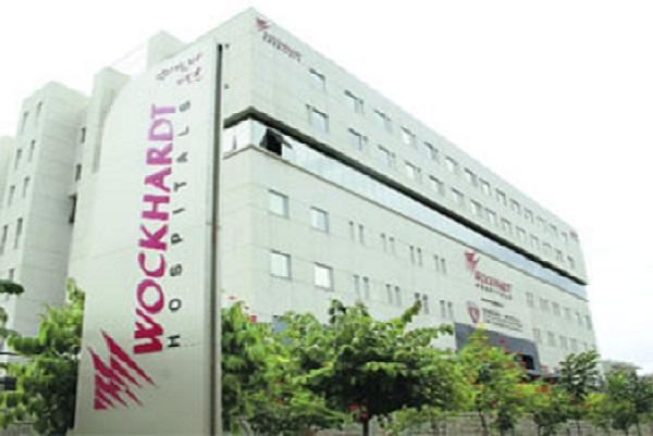 एकै अस्पतालका २६ नर्स र तीन चिकित्सक कोरोना संक्रमित, अस्पताल बन्द